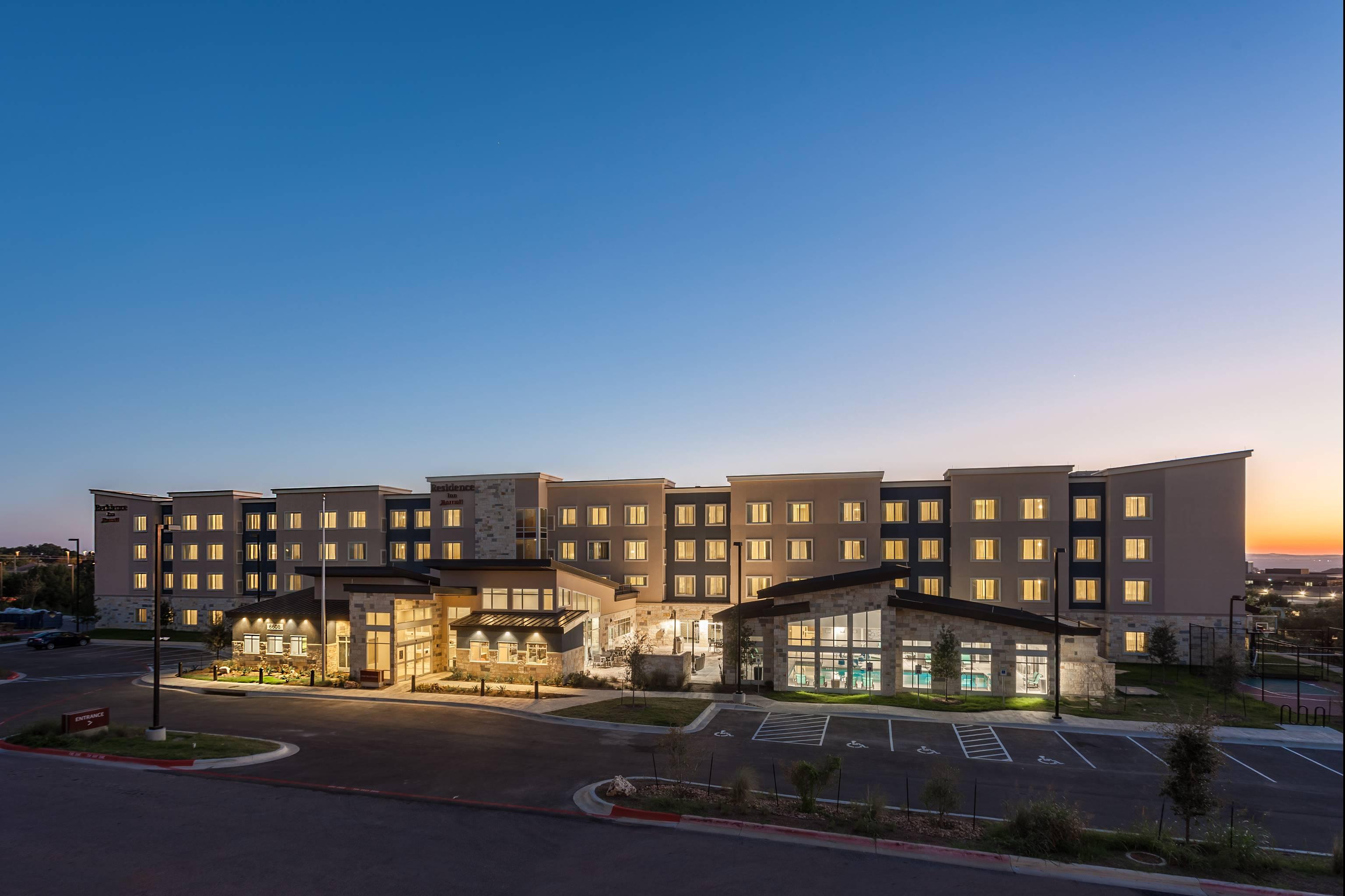 Residence Inn Austin -Twilight up high